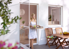 insektenschutzgitter fliegengitter nach ma m ller systeme. Black Bedroom Furniture Sets. Home Design Ideas
